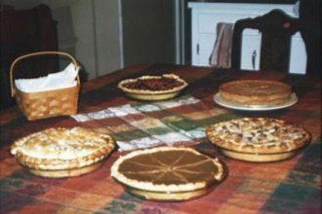 Picture of 250 Pie Recipes